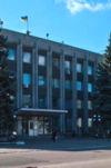 В Орджоникидзе на 11-летнего мальчика упала вывеска магазина
