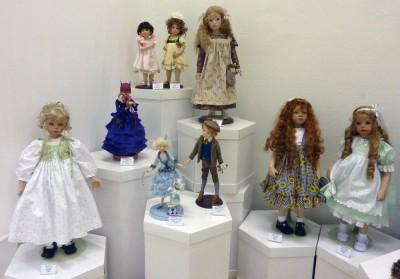 3 января - открытие выставки «Волшебный мир кукол»