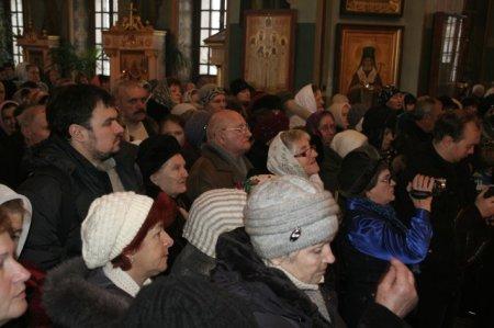Ефрем поздравил Никопольскую паству с Рождеством Христовым