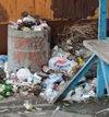 Свалка мусора на остановках Никополя