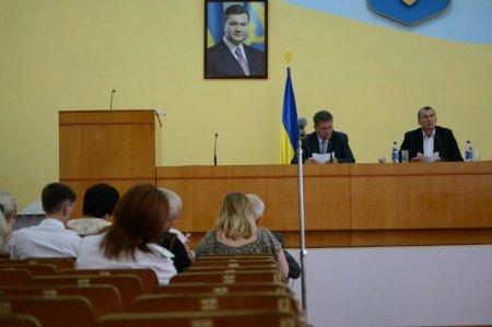 Депутаты Марганецкого Совета выразили недоверие градоначальнику (обновленно: фото, видео)
