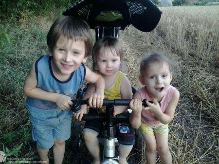 Беззаконие  лишает детей крыши над головой