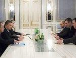 Янукович предложил пост премьера Яценюку, а вице-премьера – Кличко
