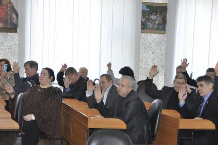 Депутаты призвали к наведению порядка. О человеке в  маске